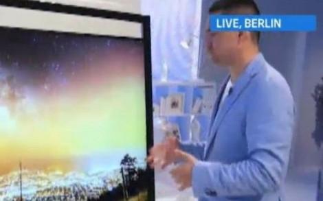 george-buhnici-de-la-ifa-berlin-televizorul-ultra-hd-cu-diagonala-gigant-de-98-inch_size1