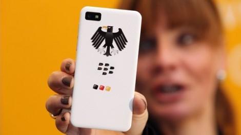 blackberry-ul-la-care-nu-poti-fi-ascultat-nici-de-guvern-pretul-nu-e-deloc-modic_size1